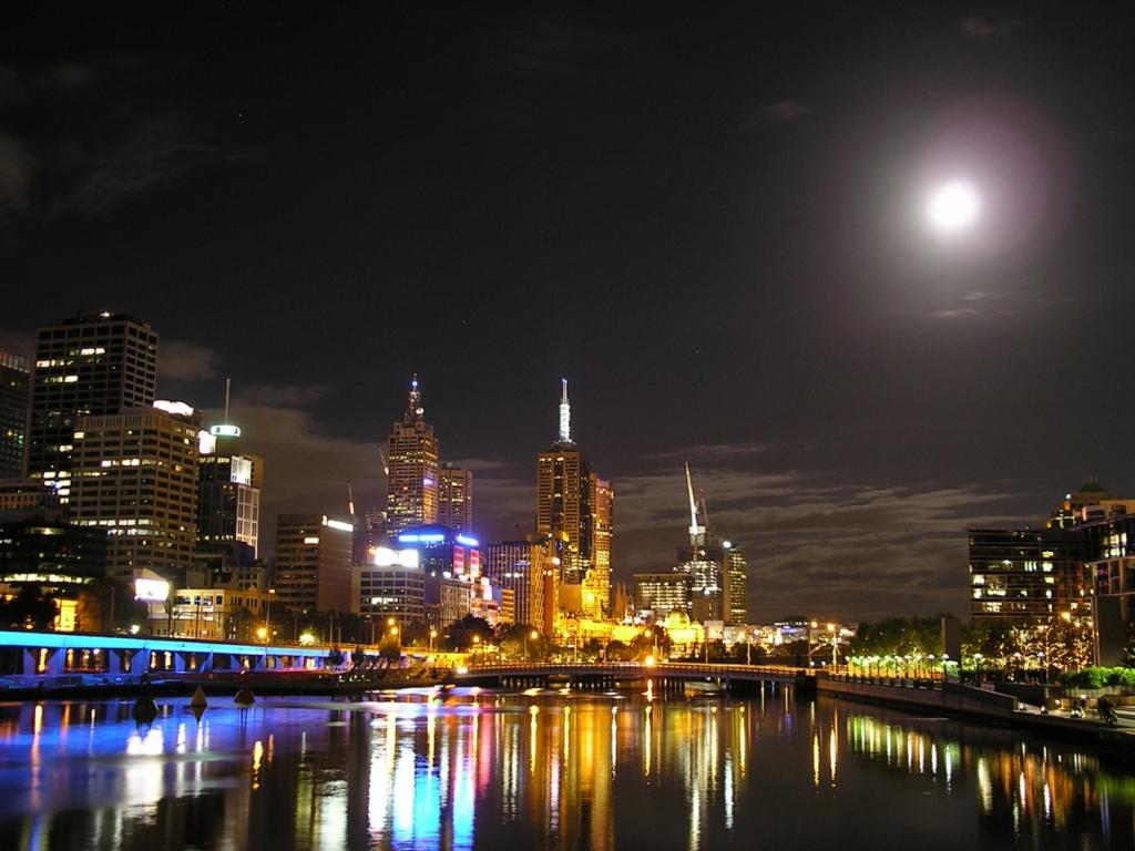 Dario Owen in Melbourne