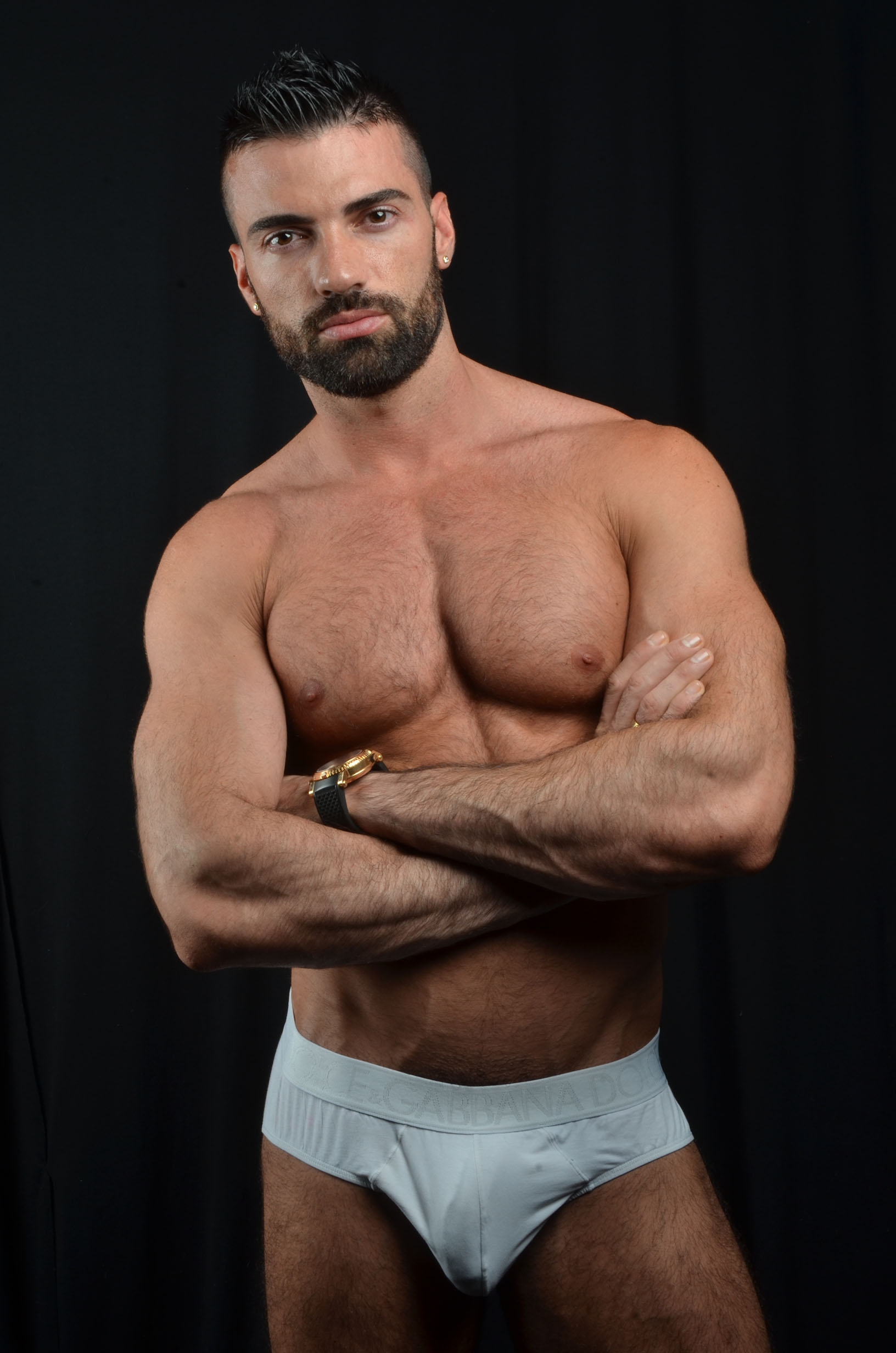 Men nude photo with long hair penis uncut