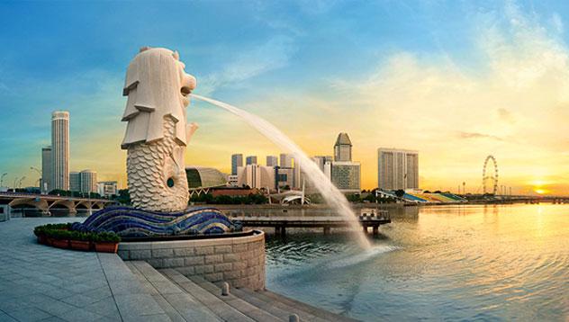 Dario Owen in Singapore