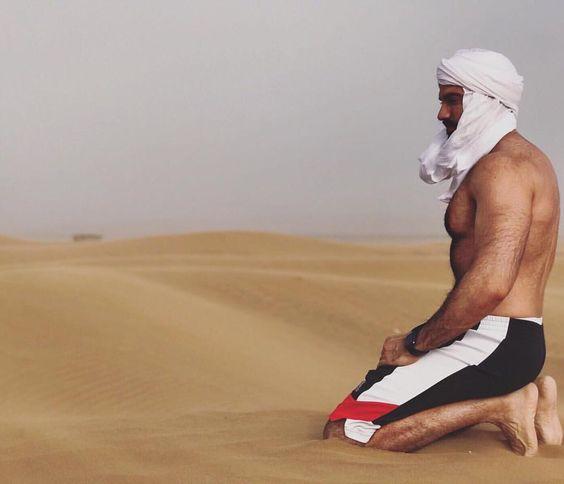 Dario Owen in Morocco