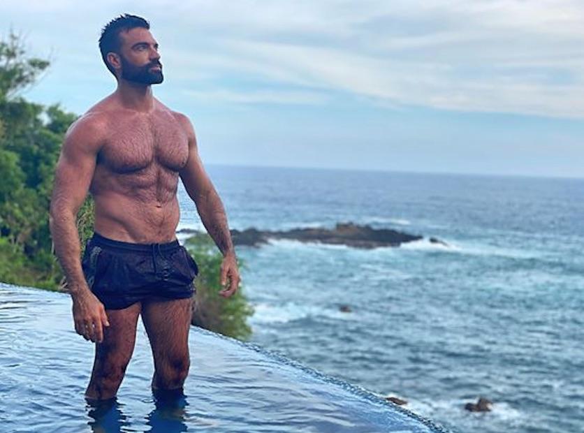 Dario Owen in Mexico